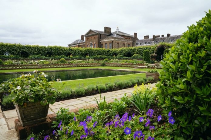 The Sunken Garden, with Kensington Palace in the background. Credit: Kensington Palace